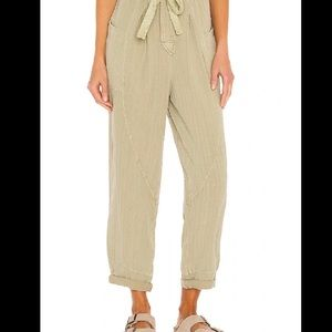 Free People Livin in the City Pants Size Small NEW
